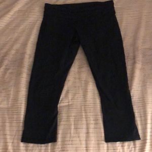 Gently worn cropped lululemon black pants.